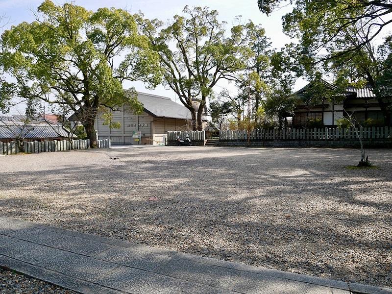 京都 向日神社 駐車場