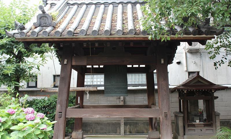 京都 本教寺 鐘楼