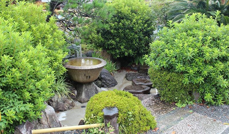 京都 勝龍寺 手水舎
