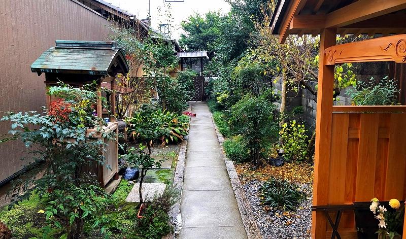 京都 本光寺 参道